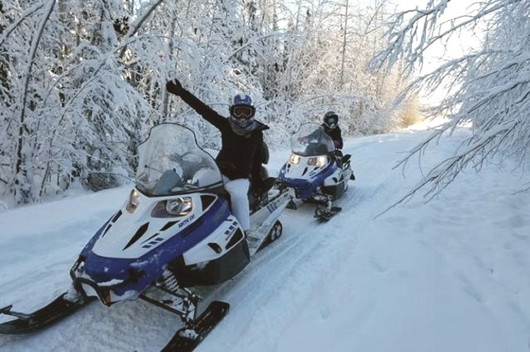 Spring Break Snowmobile Tour or Snowmobile Rental